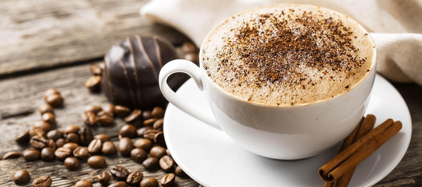 Gourmet coffee with cinnamon topping